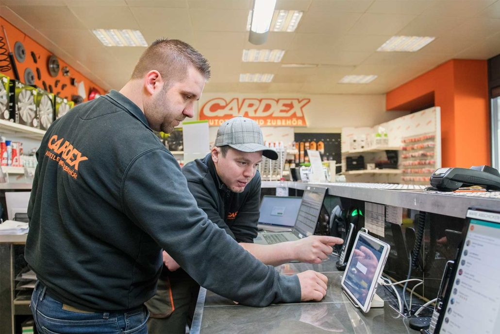 Cardex Autoteile employees